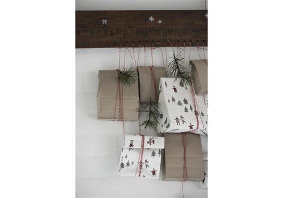 Holzschild Weihnachtskalender 1-24